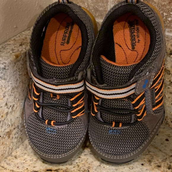 New Surprize Stride Rite Davon Washable Brown Athletic Shoes Toddler Boys 11 12